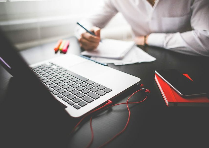 black-business-desk-diary